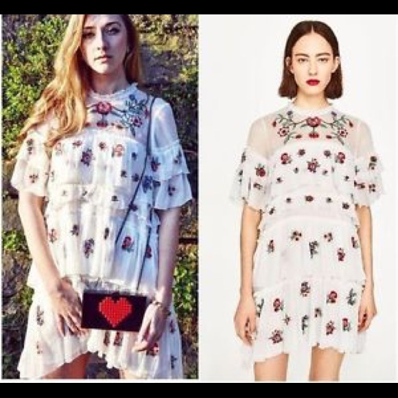 a8f685f49181 Zara off white floral embroidered dress. M_5abfc4a705f43041dcac712e
